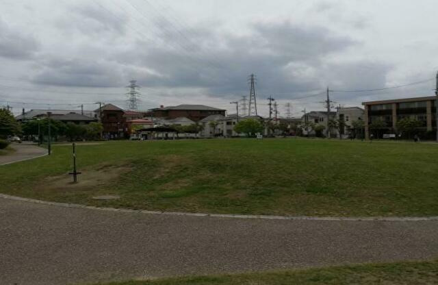 車塚公園に行ってきた!場所や駐車場・隣接する図書館の利用時間や公園の感想も